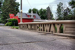 250px-Lincoln_Highway_Bridge,_Tama,_IA