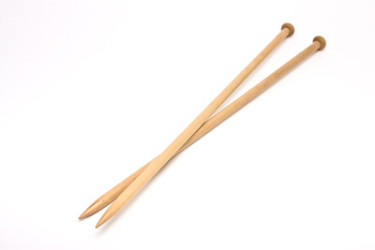 knitting-needles1-375x250