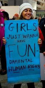m-girls-fun-vertical-left